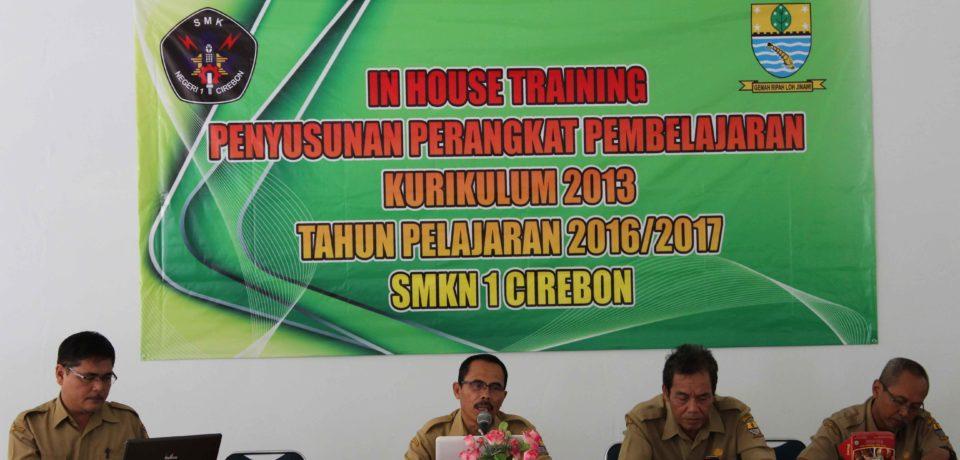 In House Training Penyusunan Perangkat Pembelajaran Kurikulum 2013