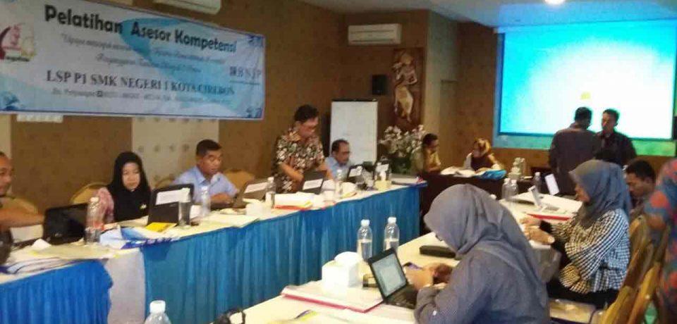 Puluhan Guru SMK Ikuti Pelatihan Asessor Kompetensi